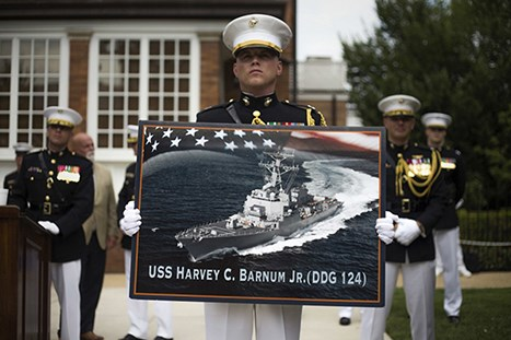 USS_Harvey_C._Barnum,_Jr._(DDG-124)