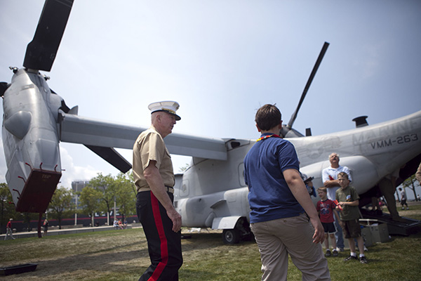 Lt. Gen. Steven A. Hummer, commander of Marine Forces Reserve and Marine Forces North, walks with Do