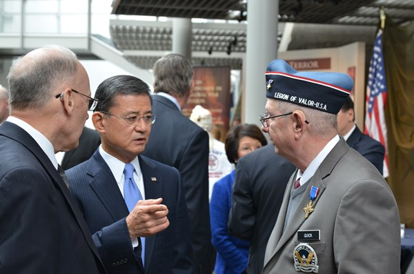 Washington, DC -- November 11, 2013 -- Secretary of the U.S. Department of Veterans Affairs,