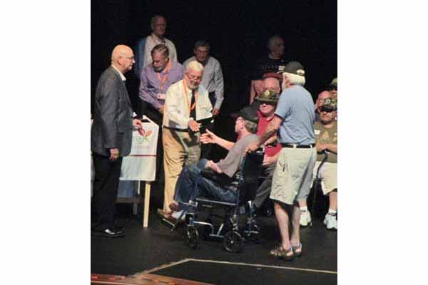 JourneyCare honors and recognizes Vietnam veterans at a special ceremony.
