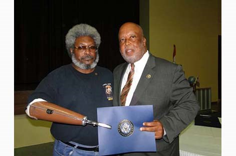 Congressman Bennie Thompson Honors Vietnam Vets