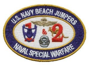 US_Navy_Beach_Jumpers_1